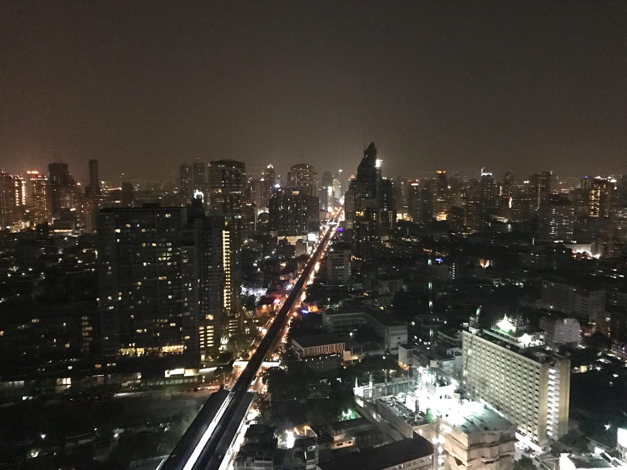 Bangkok Marriott Sukhumvit Hotel rooftop bar view
