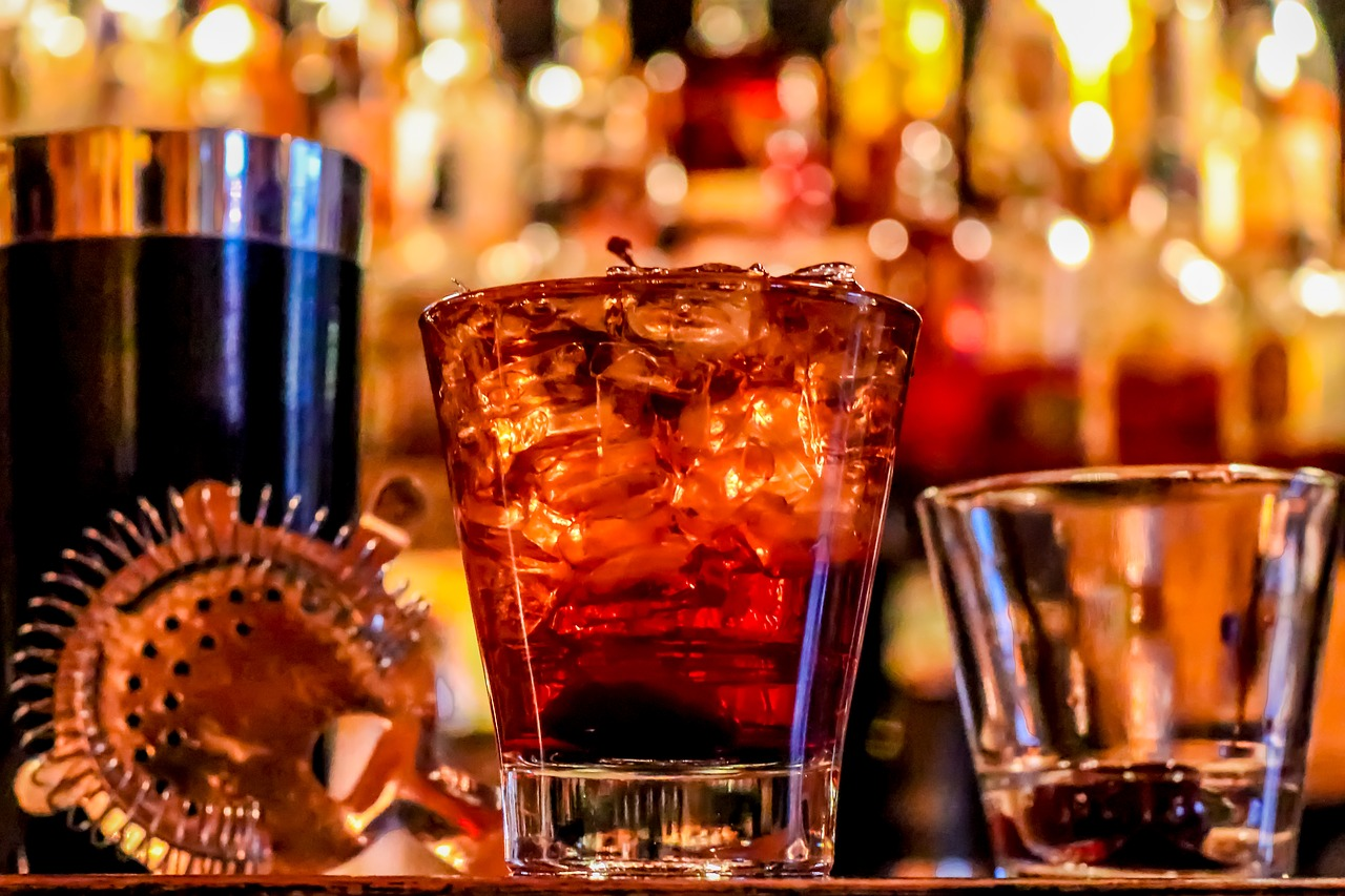 7 Best Happy Hours Until 8 In Dc Universal Jetsetters