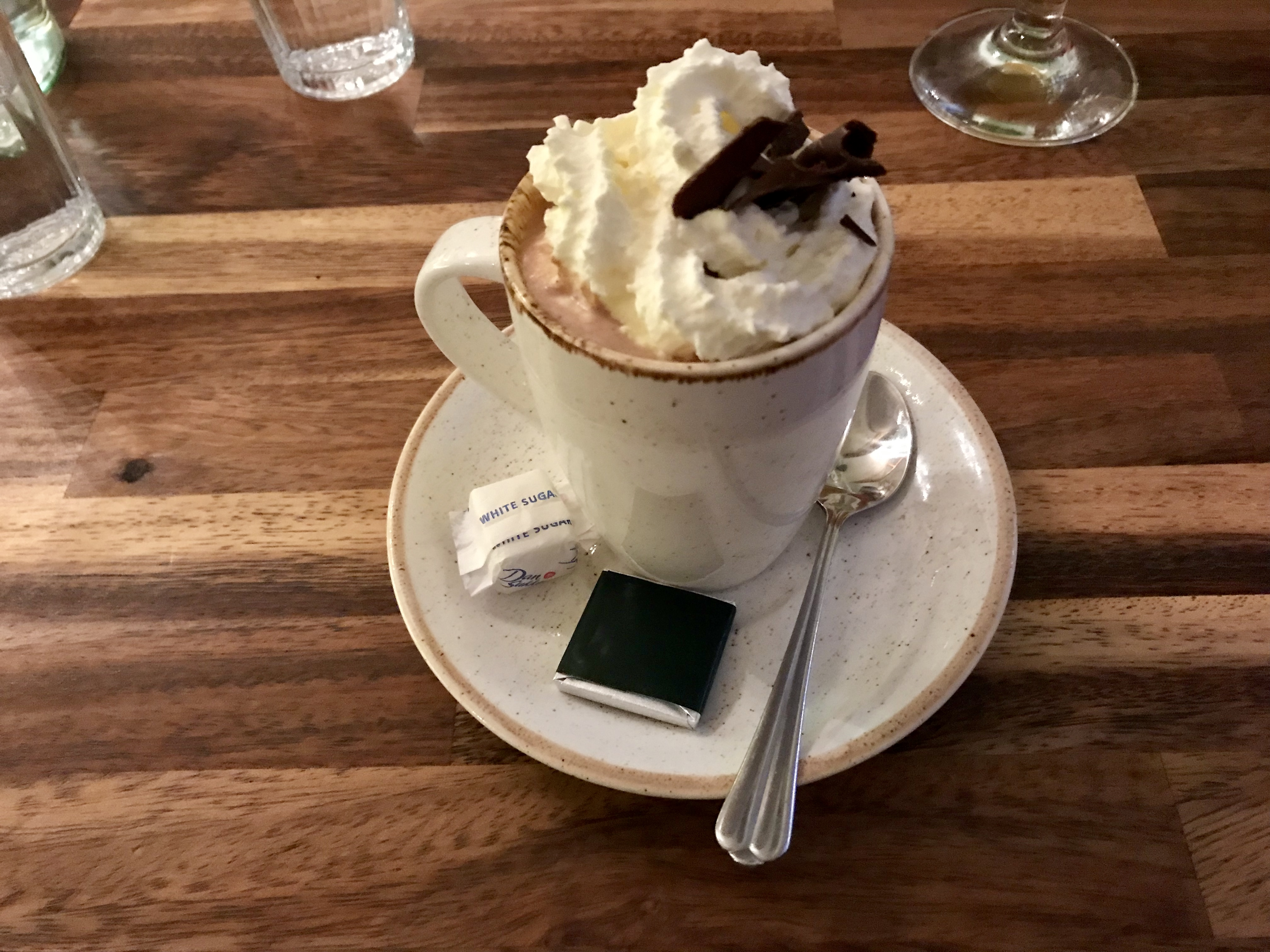 Hot chocolate in Sudur Vik south Iceland